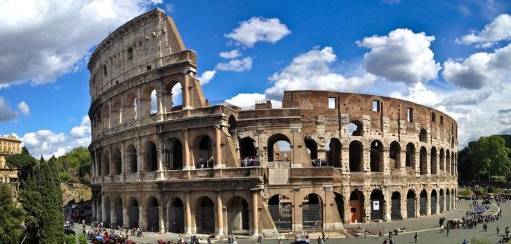 The romans flooded #Colosseum with water and had small ship battles inside #Trivia #Travel #wanderlust #Rome #Explore
