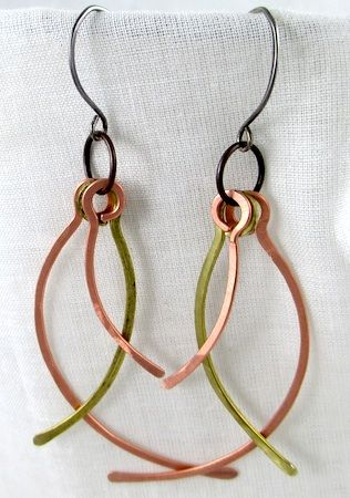 How to use wire to make simple earrings. #wire #jewelry #tutorial