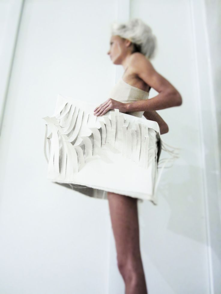 MIMI-Mirthe Jasmijn Alferink-  It's about the perspective of movement