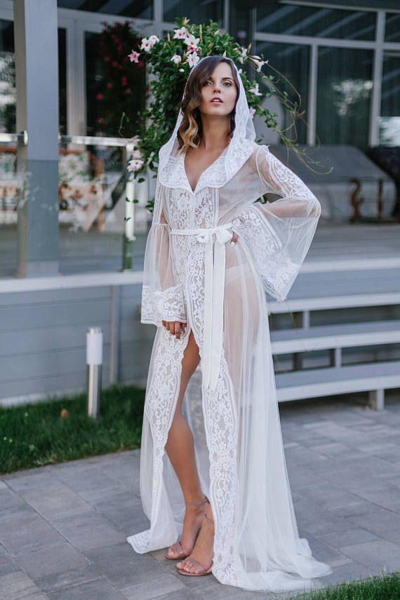 c4c1e73cdd2 Long Tulle Bridal Robe F15
