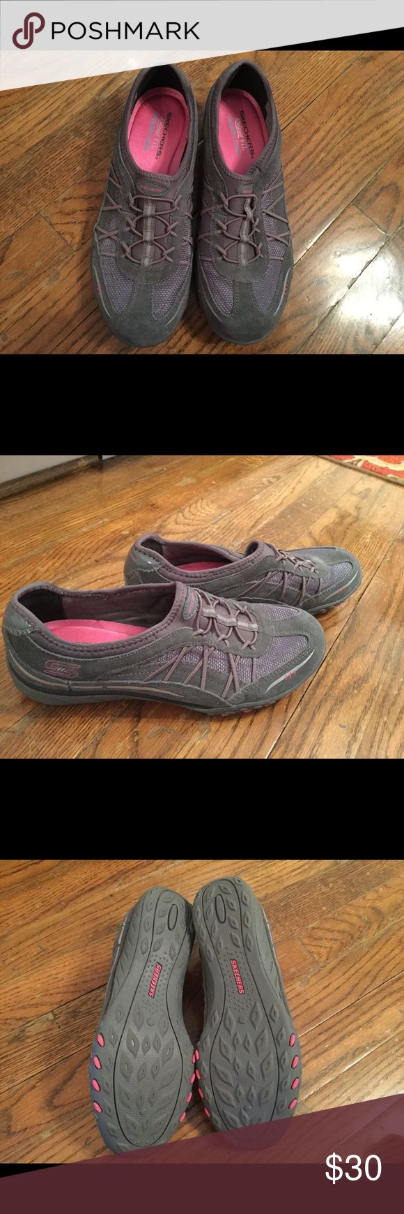 SKECHERS LADIES SHOES SKECHERS RELAXED FIT - BREATHE EASY LEATHER ATHLETIC SNEAKERS. MEMORY FOAM, SOFT SUEDE WOVEN  MESH FABRIC UPPER, SLIP ON BUNGEE STRETCH LACED SLIP ON. NEW WITHOUT TAGS!!' Skechers Shoes Athletic Shoes