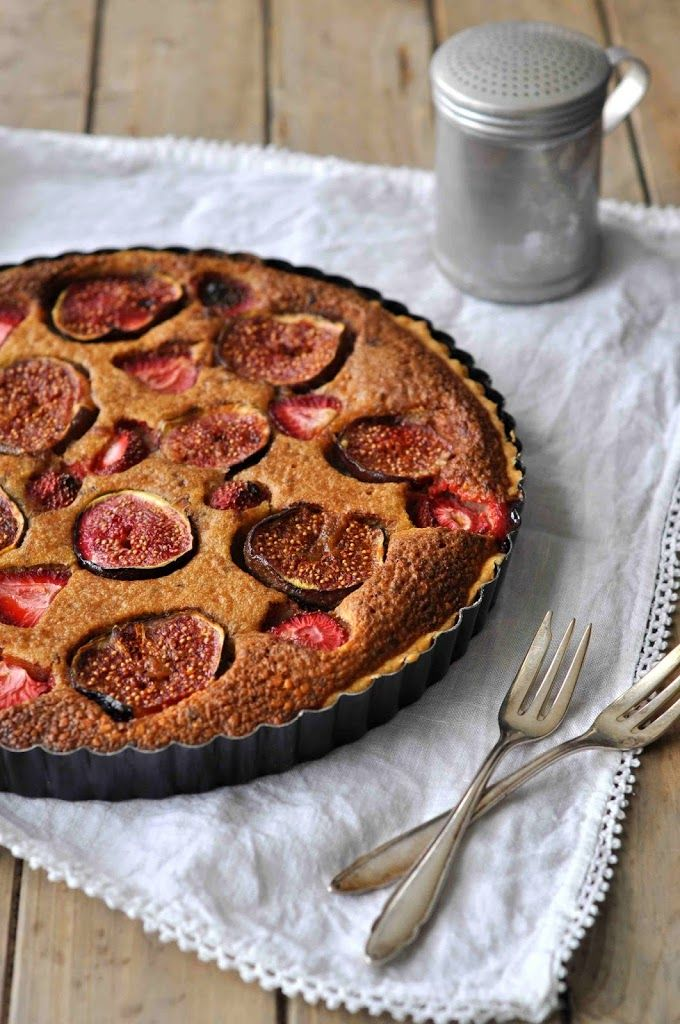 Birds Like Cake: Fig Strawberry Tarte
