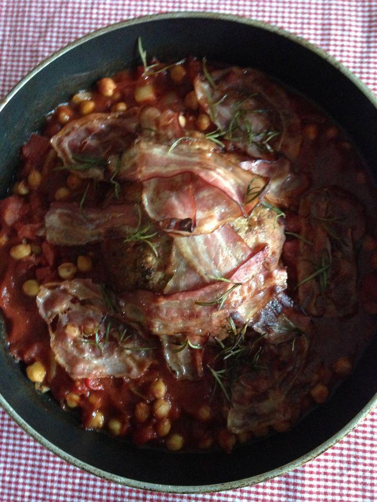 In de pan gebakken gehaktbrood. 02-09-2013.Jamie Oliver's kookrevolutie.
