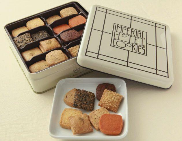 里帰りや友人・知人宅などを訪問するとき、定番の手土産といえるクッキー。中でも、高級感がある有名菓子店などの詰め合わせ商品なら喜ばれそうだ。スイーツの分野に詳しい専門家10人に、贈り物としてお薦めのクッキーを選んでもらった。 今回のランキン…