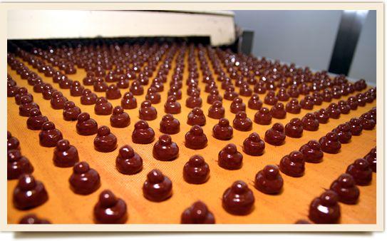 Visita al Museo Storico Perugina. Un suggestivo percorso nella fabbrica, esperienza unica dei Corsi alla Scuola del Cioccolato e possibilità di acquistare prodotti direttamente dal Gift shop. Località San Salvo.