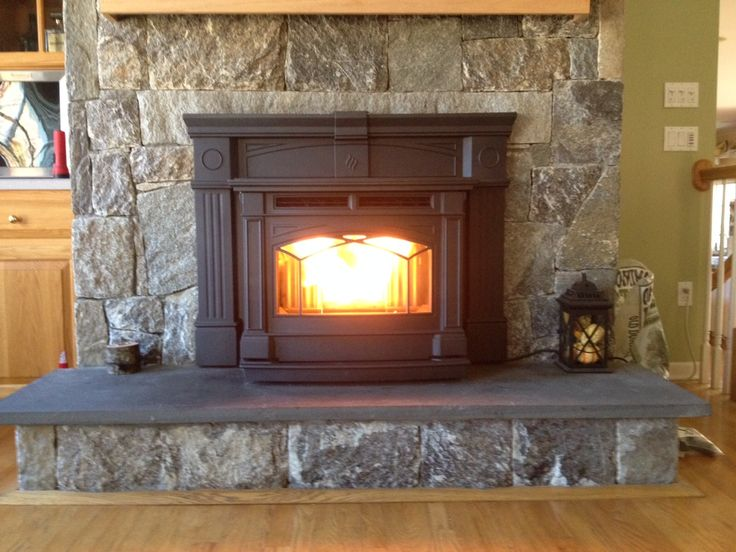 Hampton GCI60 cast iron pellet insert in Oxford, CT. #a1pools #a1poolsct #a1poolsandspas #regency #Hampton #pelletinsert #fireplaceinsert #oxfordct #fpi