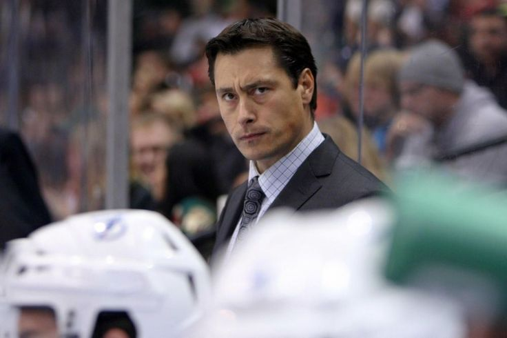 Maple Leafs Minute - 3 Coaching Candidates (Not named Mike Babcock) - http://thehockeywriters.com/maple-leafs-minute-3-coaching-candidates-not-named-mike-babcock/