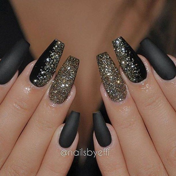 Matte black & glitter by @NailsByEffi✨