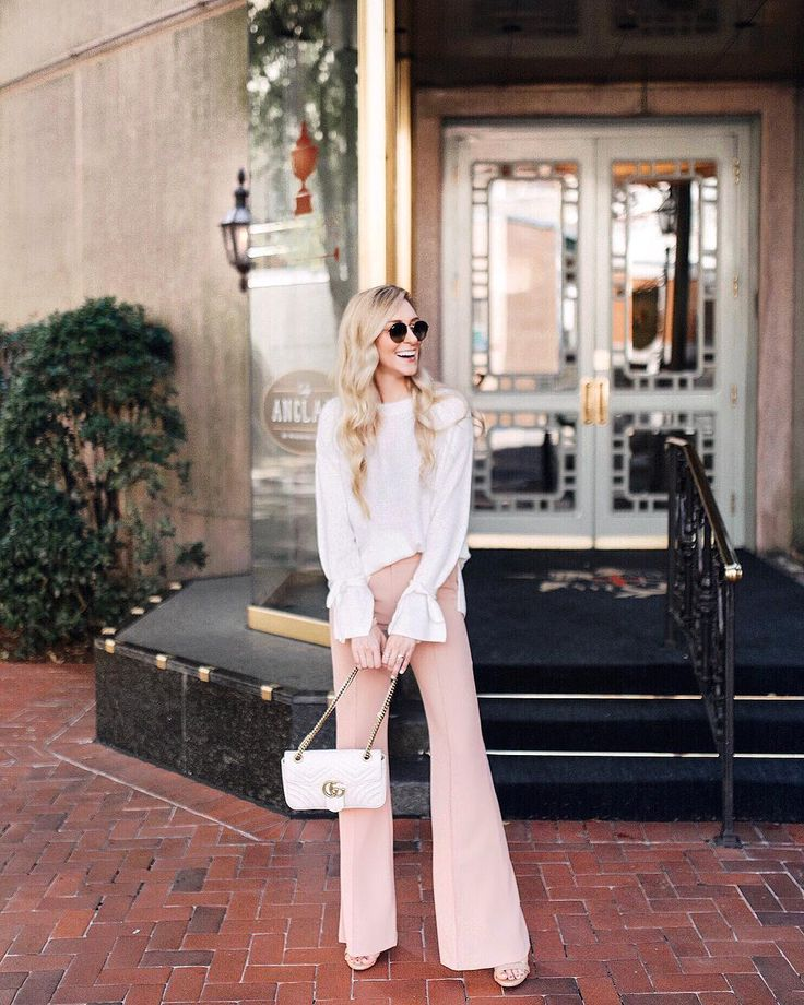 Finally took these tie-sleeves out for a spin!  Ps. My DREAM blush pants are 25% off right now in the @saks sale! #sogood  Now it's time for a little #winetime  with my besties in New Orleans! | Use my #linkinbio or @liketoknow.it to Shop My IG  http://liketk.it/2sY7Q #liketkit  @of_ren #nola #ltksalealert #saks