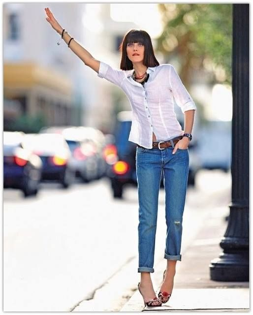 Trends come and trends go but style remains. Choose timeless and classical pieces and you will always look perfectly stylish.  C.Styling   The blue jeans and the white shirt