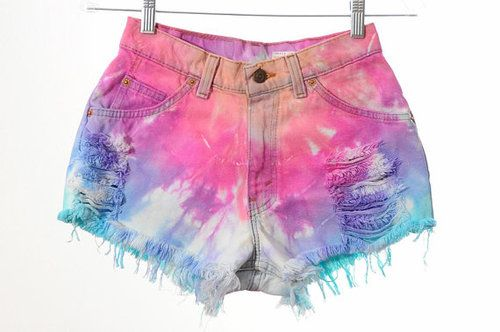 Tie Dye shorts to die for- awesome DIY idea!