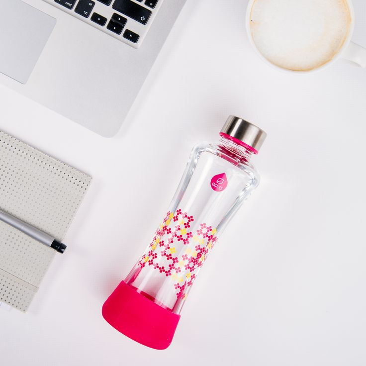 The CMYK collection was inspired by the CMYK color model, used in color printing. Add Color to Your Life: seek the moments where your day feels brighter and more colorful.  Add Key or black which is considered the most elegant and the color of success and power. #glassbottle #equabottle #healthy #equa #eco #magenta #cmyk