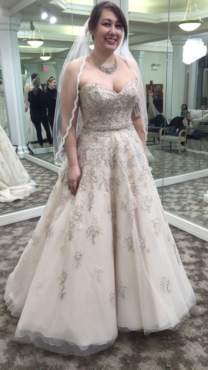 86 best Wedding Dresses images on Pinterest | Gown wedding, Wedding ...