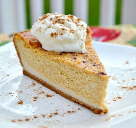 Vegan Pumpkin Cheescake - Great option for Thanksgiving - Can't remember if I already pinned this