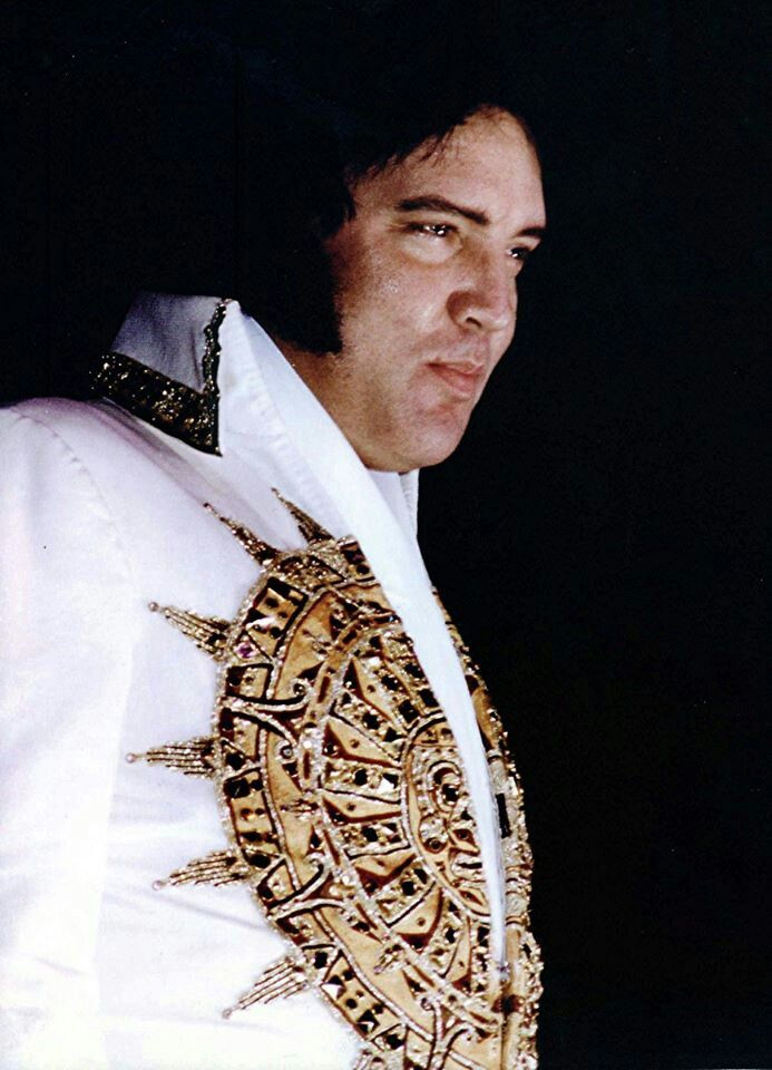 Elvis in his 'Sundial' jumpsuit. This is the last jumpsuit he ever wore. To me he doesn't seem that over weight, as Kathy Westmoreland said he was 'bloated' more than anything. It's sad to think in a couple of months he would be gone