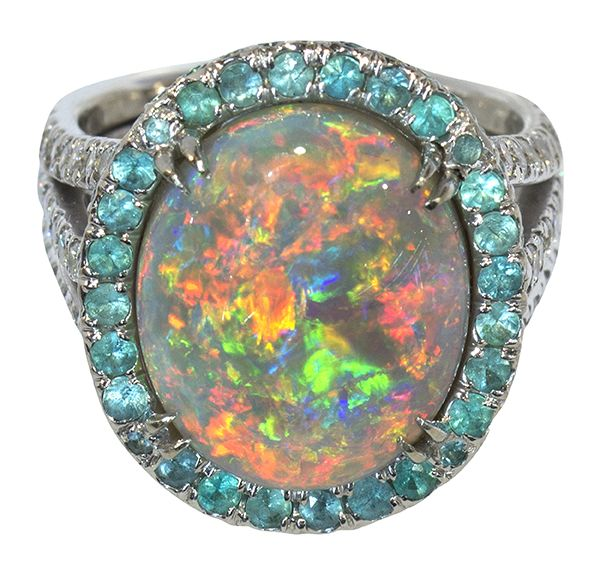 Lot : Fine black crystal opal, Paraiba blue tourmaline and diamond ring -... | Dans la vente Beaux Arts, Antiquités et Art d'Asie à Clars Auction Gallery