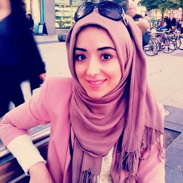 Zukreat nazar ... her hijab wearing is soo cute