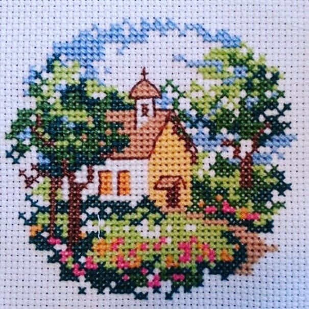Günaydın. Merhaba Salı... Good Morning. Hello Tuesday... #crossstitch #çarpıişi #puntodecruz #pointdecroix #puntocroce #etamin #etaminişleme #kaneviçe #kreuzstitch #korssting #korsstygn #kanaviçe #çaprazdikiş #karesayma #karekareişle #kanava #işleme #embroidery #igcrossstitch #instacrossstitch