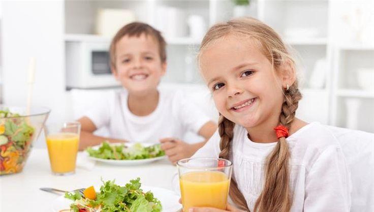 Napjaink felgyorsult világa háttérbe szorította a testmozgást, vagy a helyes táplálkozást is. Szülőként a te feladatod a gyermeked egészséges életmódra nevelése.
