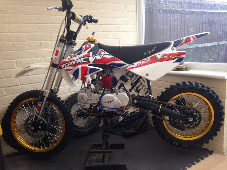 CW bikes 140f pitbike, fuel filter and lines upgrade. Big wheels still need a proper test!