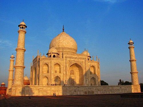 Encontré esta web de #agenciadeviajes con ofertas muy chulas para visitar la #india Explore Increíbles Viajes de India – Todo incluido Accesible hay buenas ofertas la verdad, pone los días incluidos con fotos, está genial todo lo que pude ver.