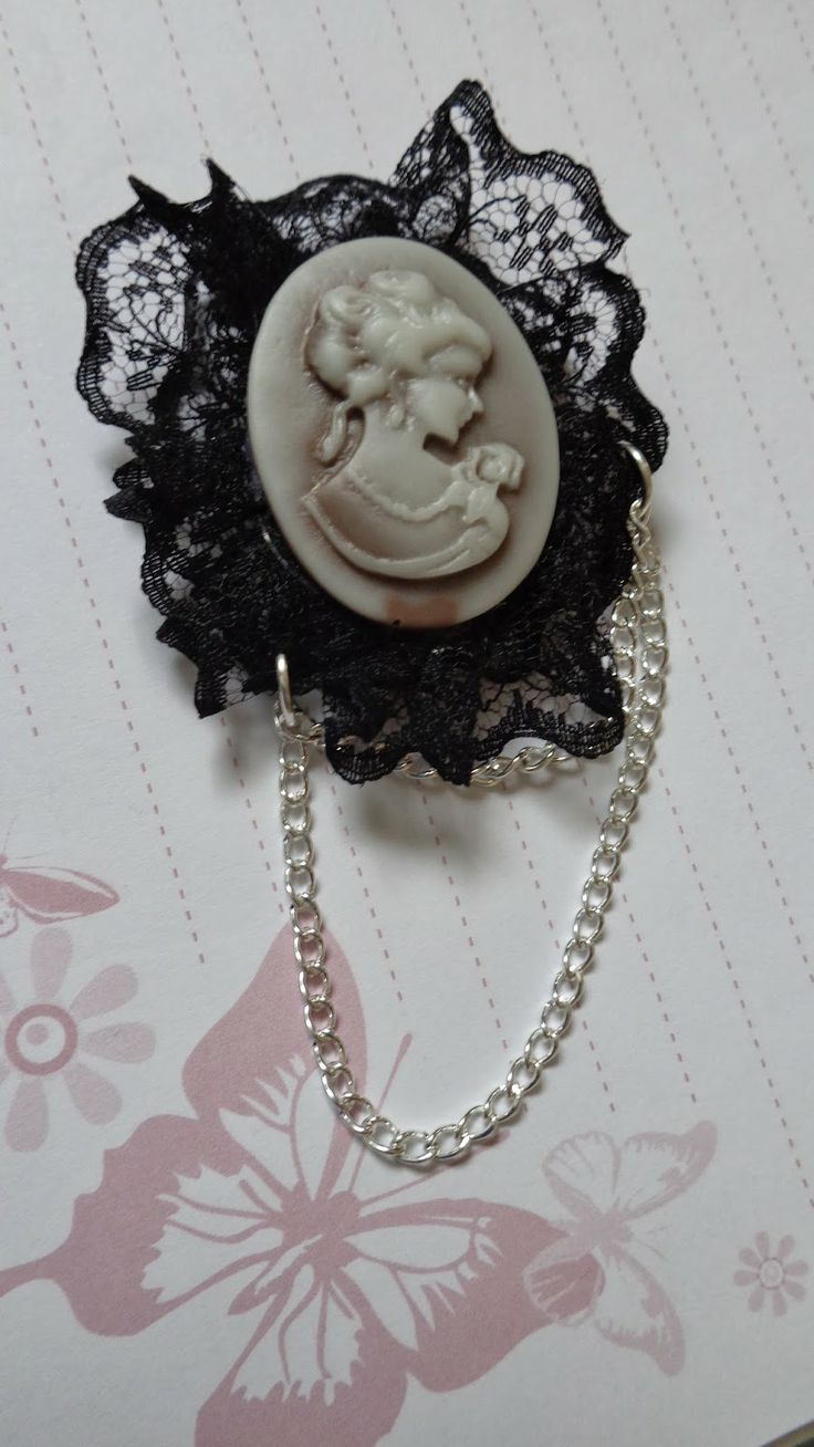 Cameo Lady Pin   More pictures - http://my-p-project.blogspot.hu/2014/03/praktika-kameas-holgy-kituzo.html Visit my blog! - my-p-project.blogspot.hu Like me on Facebook! - www.facebook.com/blitheproject
