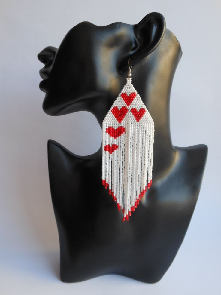Orecchini di perline orecchini amore cuore di BeadedJewelryNM