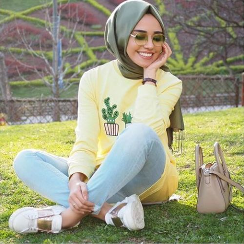 Teen hijab style-Street fashion style – Just Trendy Girls