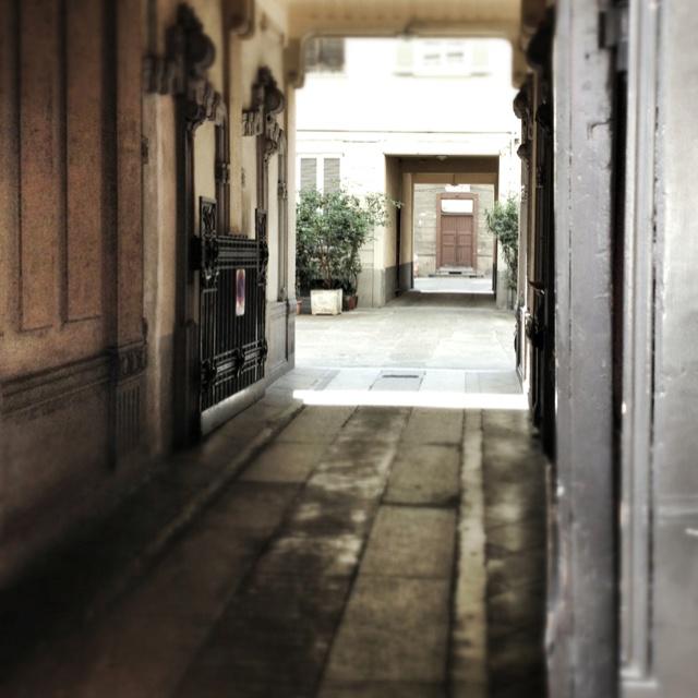 Interni milanesi corso buenos aires milano pinterest for Corso design interni milano