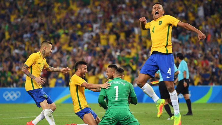 Tears of joy as Brazil beat Germany to football gold!#brazil #germany #olympics #gold