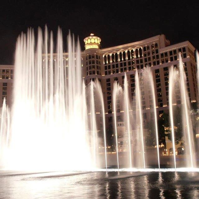 The Bellagio fountains, putting on a show.  @vegas @lasvegas_lv #bellagio #bellagiohotel #lasvegas #visitlasvegas #travel #instatravel #travelgram #tourism #instago #passportready #travelblogger #wanderlust #ilovetravel #writetotravel  #travelblogger  #travelling #trip #traveltheworld #igtravel #getaway #travelblog #instago #travelpics #tourist #wanderer
