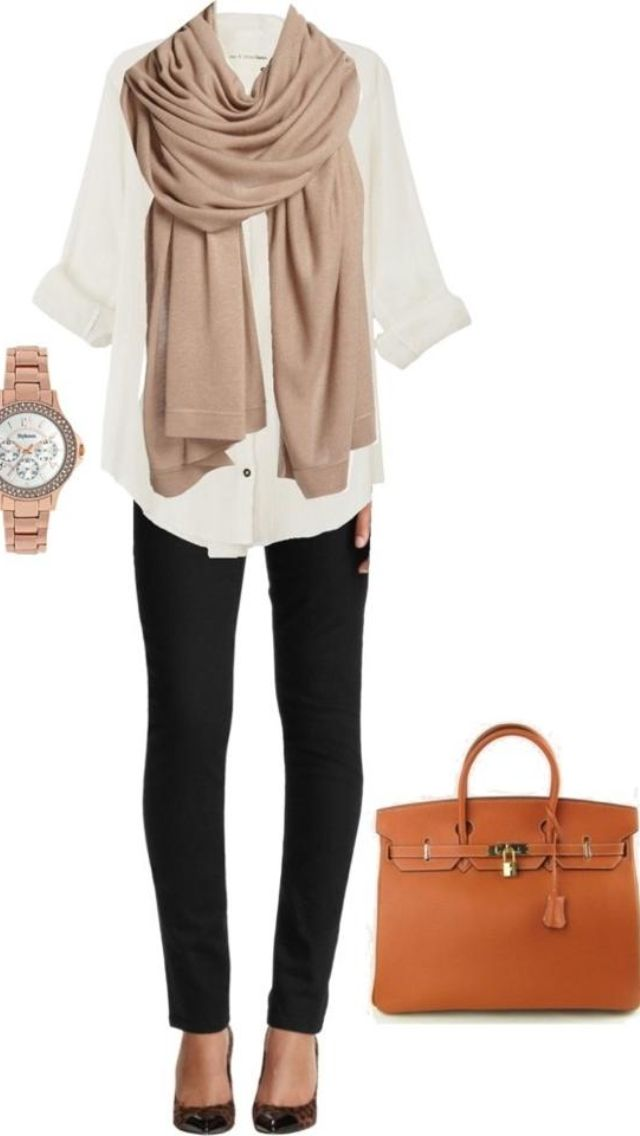 Super classy outfit for college without being too work like ! The scarf and bag really complete the look!