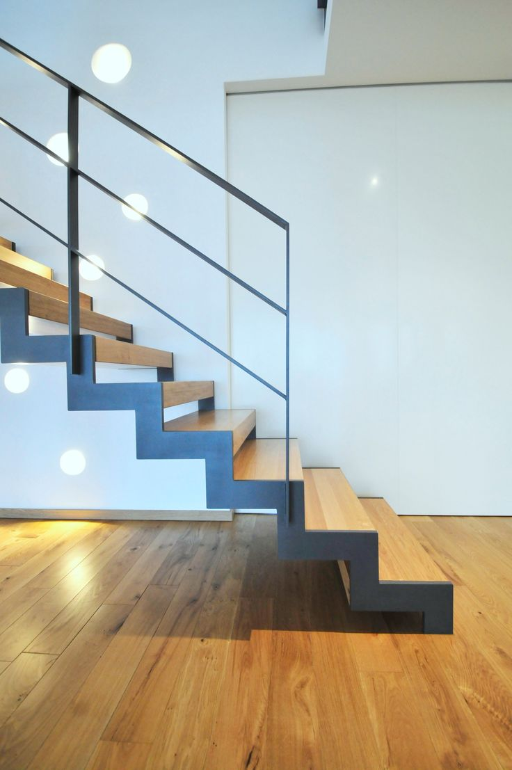 die 25 besten ideen zu treppe auf pinterest moderne inneneinrichtung holztreppenbau und. Black Bedroom Furniture Sets. Home Design Ideas