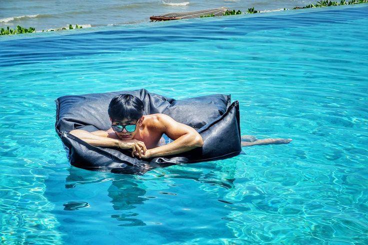 U Pattaya with #theeanywhere_ig #hotel #thailand  #luxuryhotel #travel #sea #drink #star #huahin  #niceshot #goodview #travel #journey #wow #beach #sunshine #vacation #intercontinental #life #goodlife #takearest #reat #coconut #swim #pool #garden http://tipsrazzi.com/ipost/1508107756674252602/?code=BTt4AOvlH86