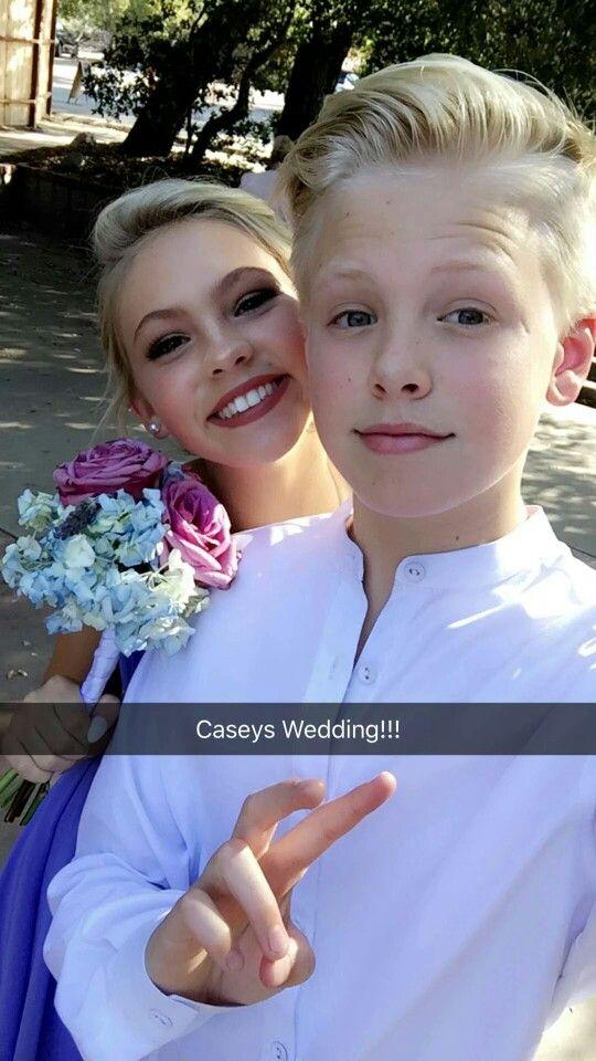 who is carson lueders dating 2016 Jordyn jones kisses boyfriend carson lueders happy #halloween barbie x ken jordyn jones carson lueders @bigcityteens #jordynjones #halloween16 oh hey @jordynjones @carsonlueders #kca2016 follow at sc: jordynjones11 / carsonlueders22 (more updates at our twitter) # kidschoiceawards #nickelodeon.