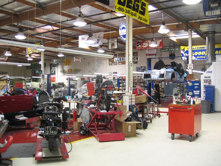17 best images about jay leno 39 s garage on pinterest to - Inside of a garage ...