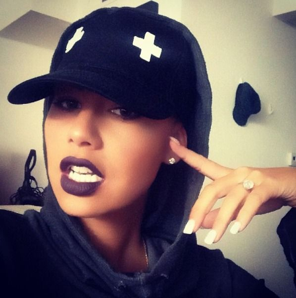 Amber- lips- nails - love the whole look I would have has a Yankees hat ..