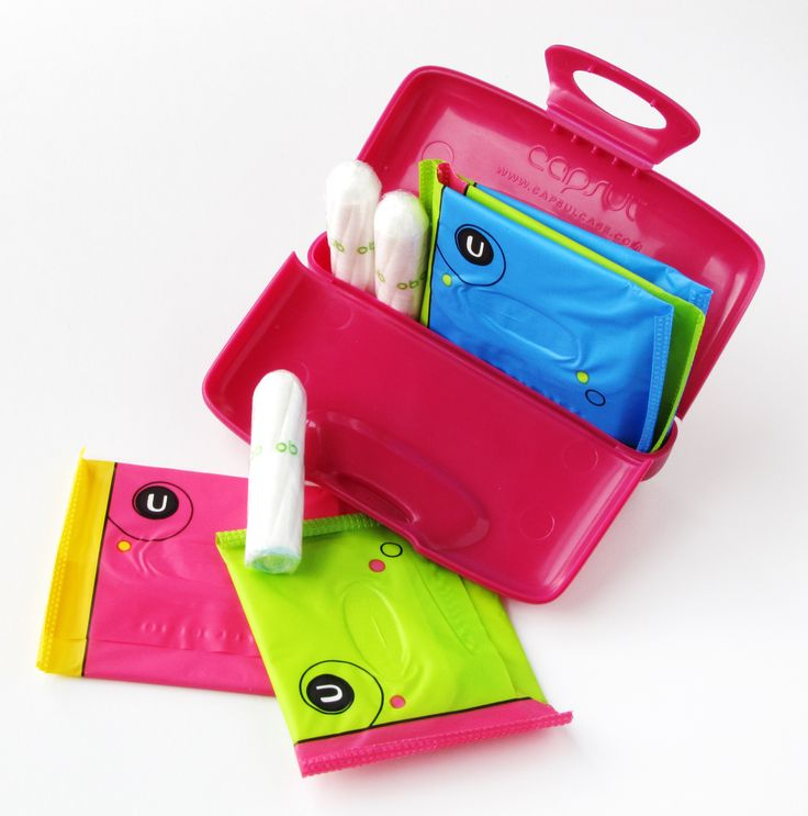 Girls keep safe ;)   Organize your purse! #magenta #capsulcase - Not ONLY a wallet