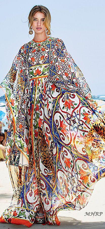 dolce-and-gabbana-summer-2018-woman-mondello-collection