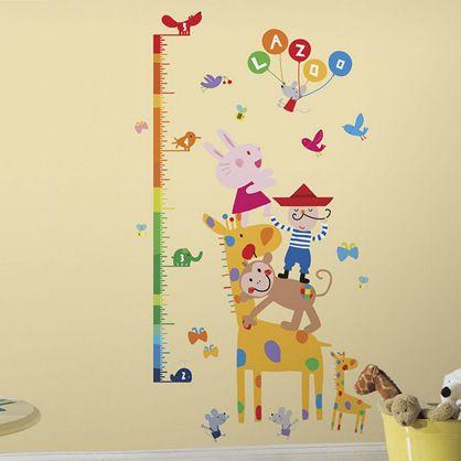 Smart wallsticker med højdemåler, et sikkert hit til børneværelset.