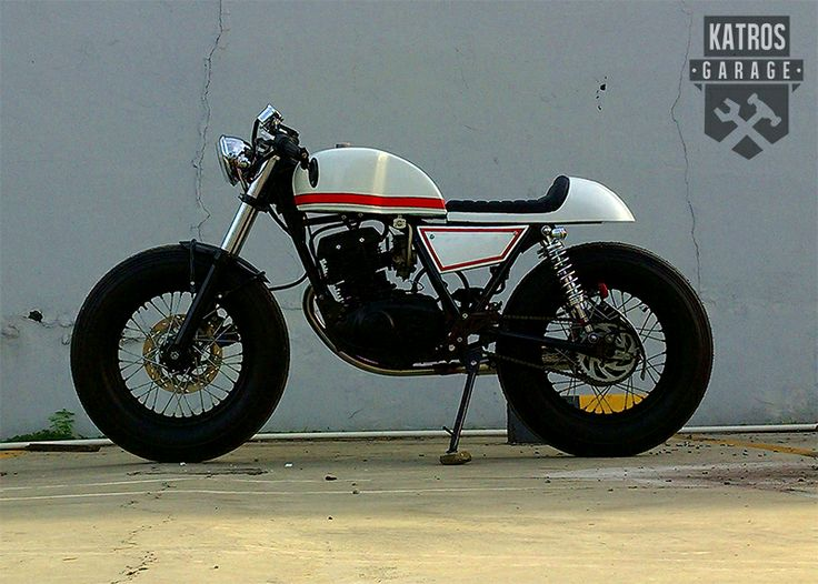 thunder 125 caferacer built by the katros motorcycles. Black Bedroom Furniture Sets. Home Design Ideas