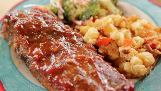 Get this all-star, easy-to-follow Sticky Spicy Slow-Cooked Ribs recipe from Ree Drummond