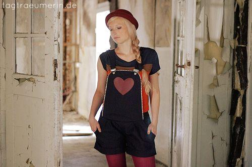tagtraeumerin   Mode & Handgemachtes in Farbe http://de.dawanda.com/product/50620886-Latzhose-Laurelie-Marine-Love