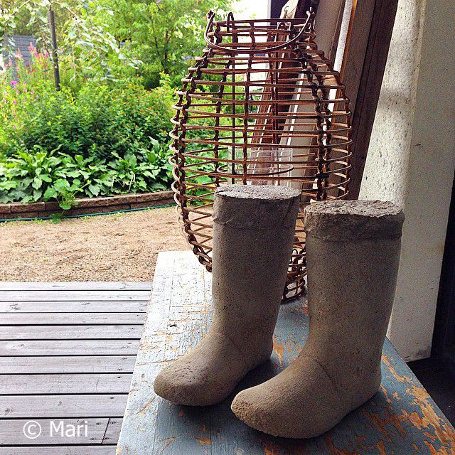Betonisaappaat / Concrete boots