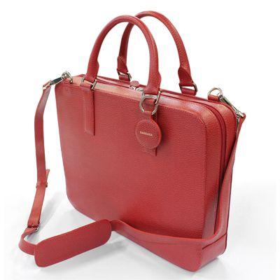 Jolie serviette en cuir personnalisable pour transporter sa tablette ou son petit laptop. Plein de couleurs au choix.