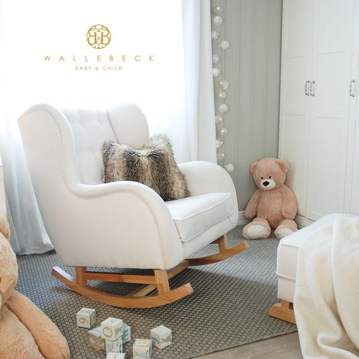 Hobbe Oslo gyngestol/ammestol, bone/natural – Klassiske, Tidløse Møbler & Interiør til Barn – Wallebeck Baby & Child