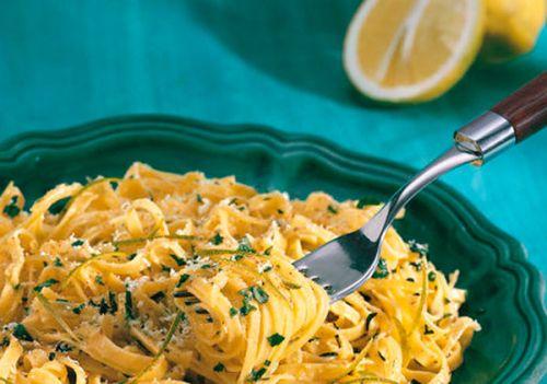 Tagliolini al limone del lago di Garda #ricette #primi @GardaConcierge