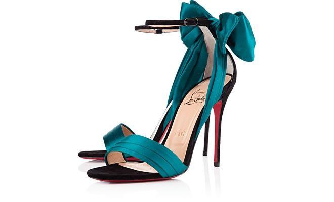 Love Louboutin's black peacock satin: Choo Valentino Shoes, Beauty Shoes, Louboutin S Black, Love Shoes, Ohmygod Shoes, Black Peacock Satin, Louboutin Shoes, Christian Louboutin Jimmy