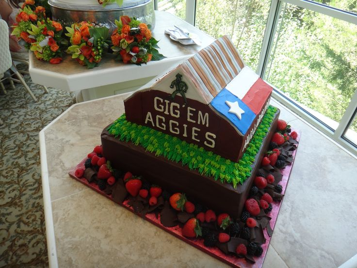 Texas A&M Aggies Wedding Cake (Aggie Barn)