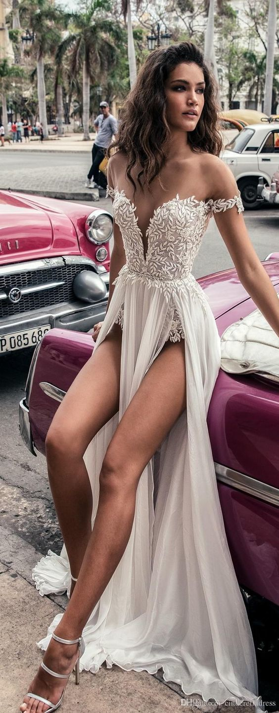 Sexy Deep V Neck High Slit Beach Bridal Dress Sexy Wedding Dress Vintage Wedding…